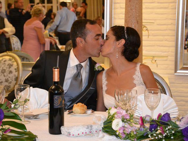 La boda de Alejandro y Amalia en Nueva Andalucia, Málaga 32