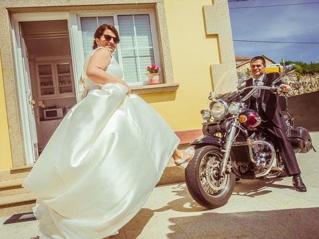 La boda de Martin y Silvia en Bueu (Resto Parroquia), Pontevedra 18