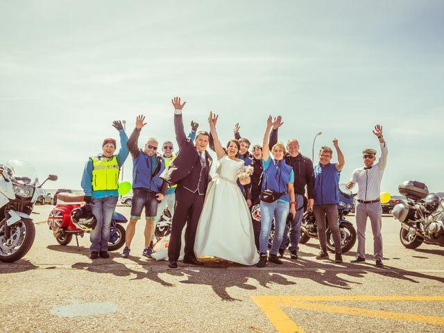 La boda de Martin y Silvia en Bueu (Resto Parroquia), Pontevedra 2