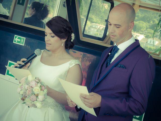 La boda de Martin y Silvia en Bueu (Resto Parroquia), Pontevedra 25