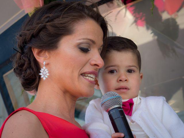 La boda de Martin y Silvia en Bueu (Resto Parroquia), Pontevedra 27