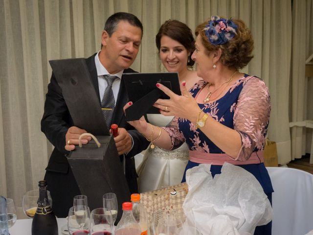 La boda de Martin y Silvia en Bueu (Resto Parroquia), Pontevedra 59