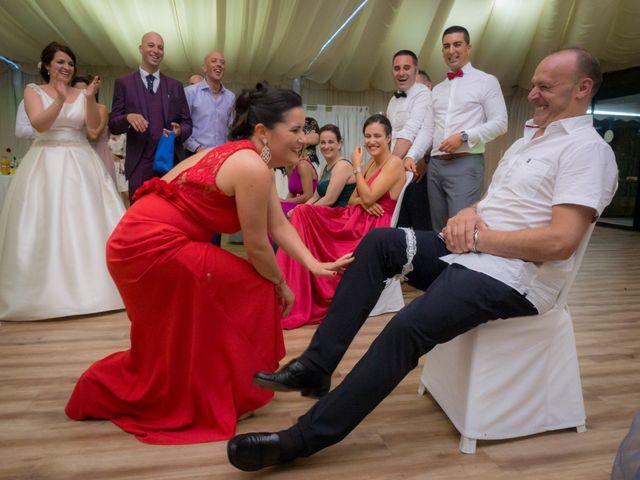 La boda de Martin y Silvia en Bueu (Resto Parroquia), Pontevedra 61