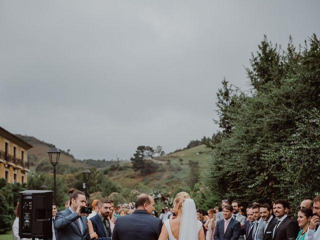 La boda de Néstor y Raluca en Cangas De Onis, Asturias 56