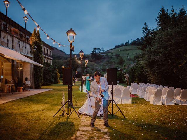 La boda de Néstor y Raluca en Cangas De Onis, Asturias 83