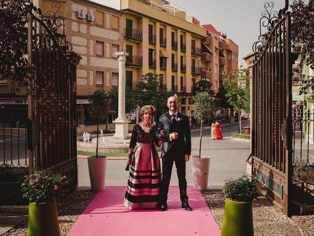 La boda de David y Rocío en Valdepeñas, Ciudad Real 38