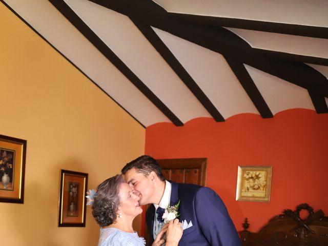 La boda de MARI CARMEN y DARIO en Casas De Fernando Alonso, Cuenca 13