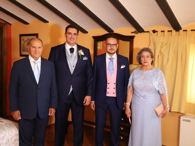La boda de MARI CARMEN y DARIO en Casas De Fernando Alonso, Cuenca 18