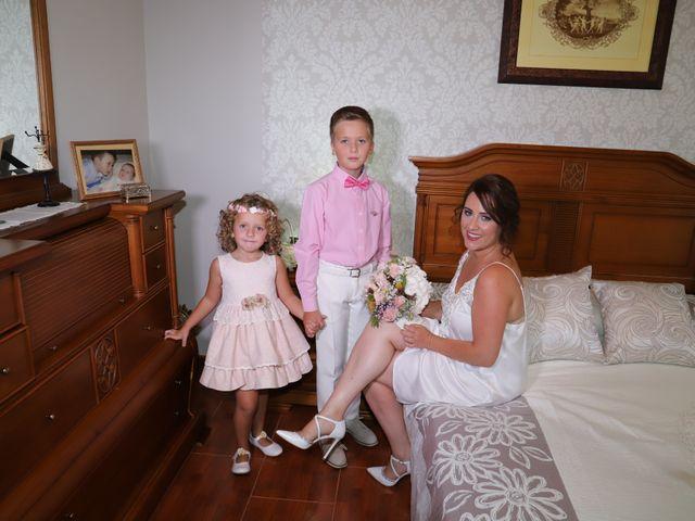La boda de MARI CARMEN y DARIO en Casas De Fernando Alonso, Cuenca 43