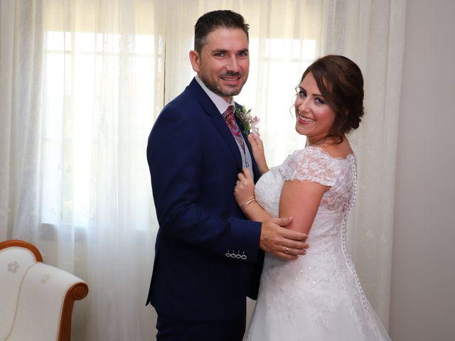 La boda de MARI CARMEN y DARIO en Casas De Fernando Alonso, Cuenca 62