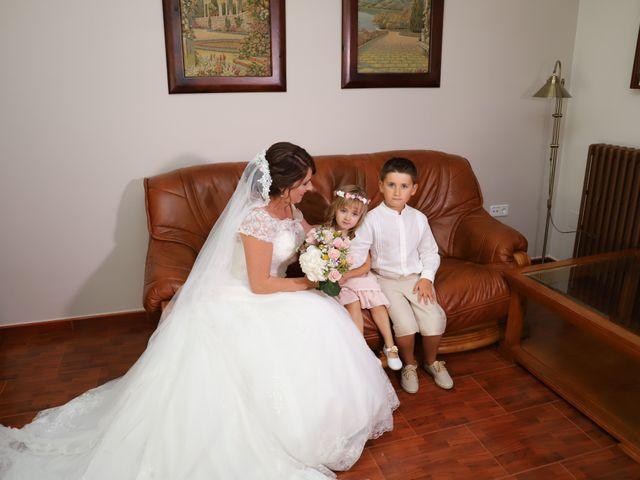 La boda de MARI CARMEN y DARIO en Casas De Fernando Alonso, Cuenca 76