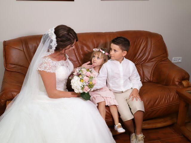 La boda de MARI CARMEN y DARIO en Casas De Fernando Alonso, Cuenca 77