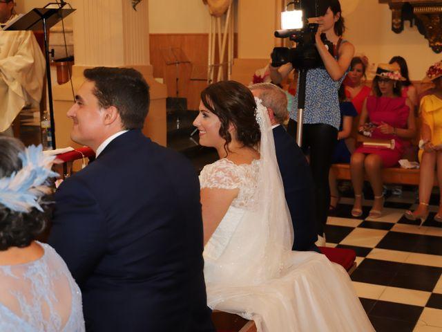 La boda de MARI CARMEN y DARIO en Casas De Fernando Alonso, Cuenca 109
