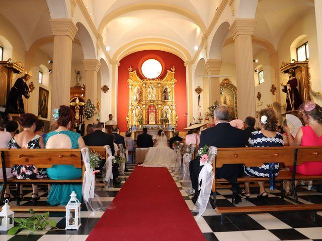 La boda de MARI CARMEN y DARIO en Casas De Fernando Alonso, Cuenca 117