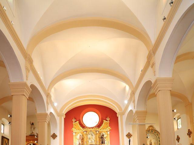 La boda de MARI CARMEN y DARIO en Casas De Fernando Alonso, Cuenca 118