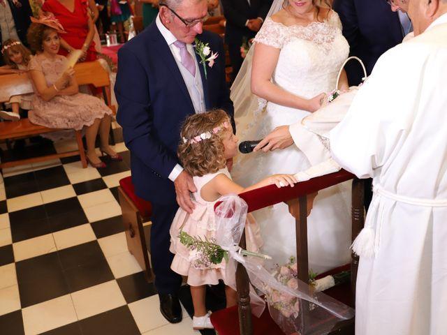 La boda de MARI CARMEN y DARIO en Casas De Fernando Alonso, Cuenca 122