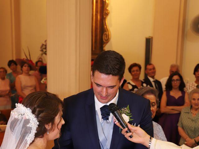 La boda de MARI CARMEN y DARIO en Casas De Fernando Alonso, Cuenca 123