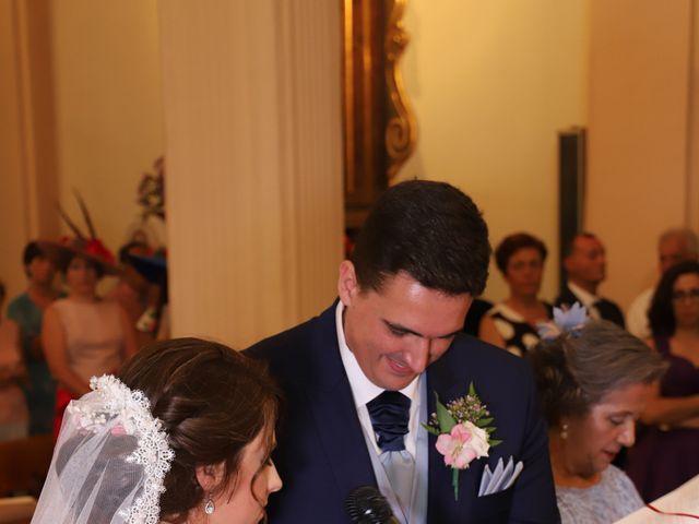 La boda de MARI CARMEN y DARIO en Casas De Fernando Alonso, Cuenca 127