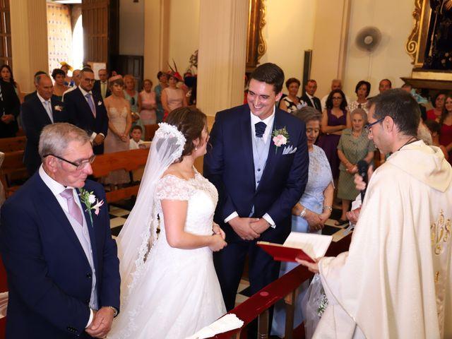 La boda de MARI CARMEN y DARIO en Casas De Fernando Alonso, Cuenca 128