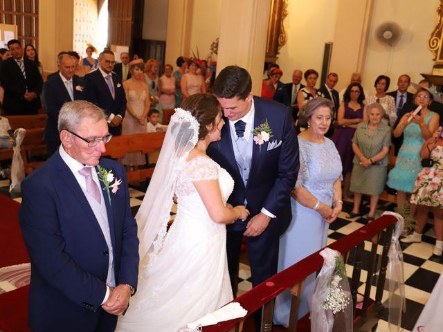 La boda de MARI CARMEN y DARIO en Casas De Fernando Alonso, Cuenca 129