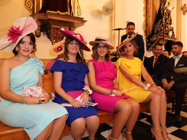 La boda de MARI CARMEN y DARIO en Casas De Fernando Alonso, Cuenca 133