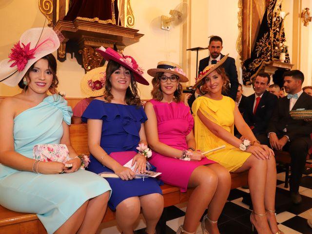 La boda de MARI CARMEN y DARIO en Casas De Fernando Alonso, Cuenca 134