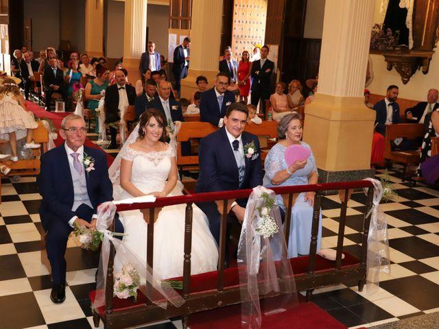 La boda de MARI CARMEN y DARIO en Casas De Fernando Alonso, Cuenca 135