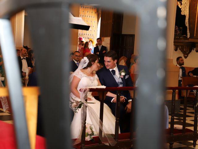 La boda de MARI CARMEN y DARIO en Casas De Fernando Alonso, Cuenca 136