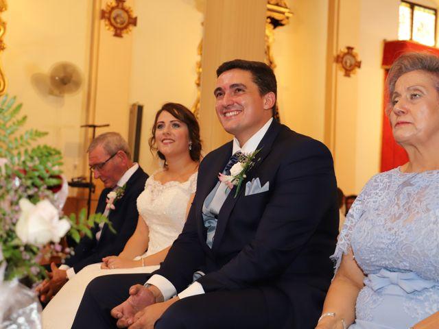 La boda de MARI CARMEN y DARIO en Casas De Fernando Alonso, Cuenca 139