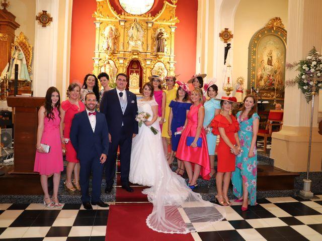 La boda de MARI CARMEN y DARIO en Casas De Fernando Alonso, Cuenca 149