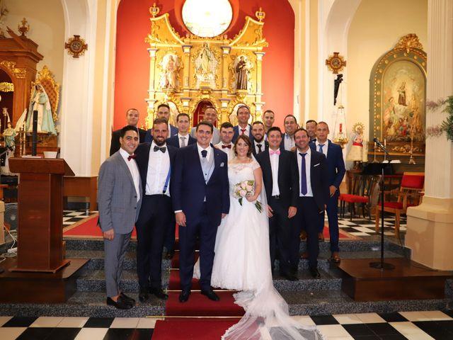 La boda de MARI CARMEN y DARIO en Casas De Fernando Alonso, Cuenca 153