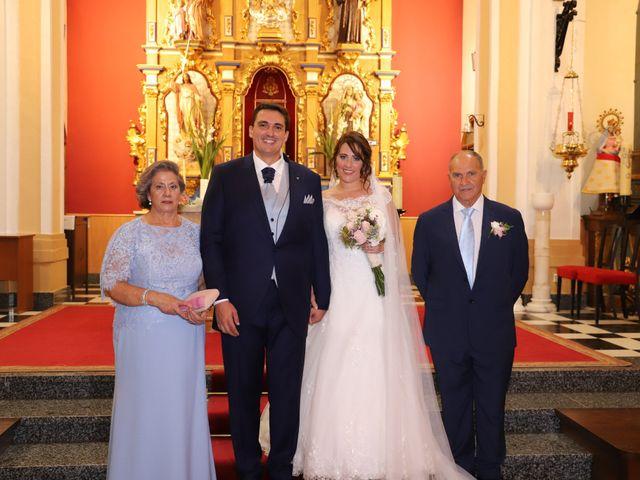 La boda de MARI CARMEN y DARIO en Casas De Fernando Alonso, Cuenca 157