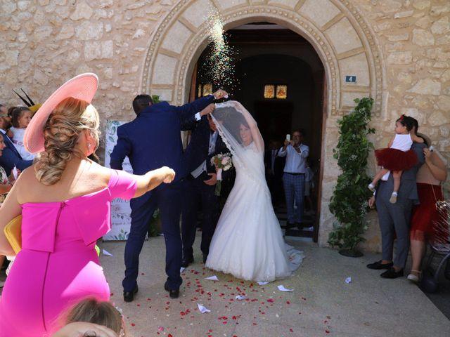 La boda de MARI CARMEN y DARIO en Casas De Fernando Alonso, Cuenca 162