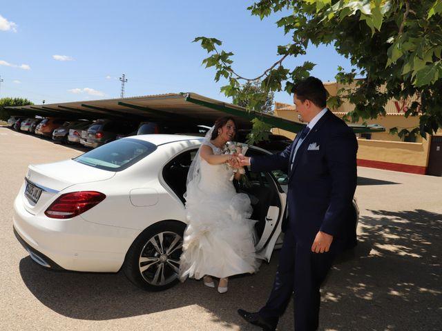 La boda de MARI CARMEN y DARIO en Casas De Fernando Alonso, Cuenca 173