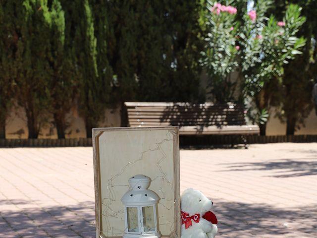 La boda de MARI CARMEN y DARIO en Casas De Fernando Alonso, Cuenca 195