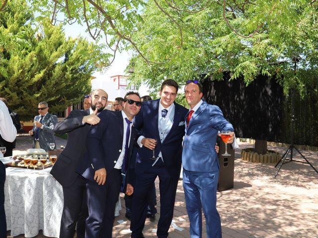 La boda de MARI CARMEN y DARIO en Casas De Fernando Alonso, Cuenca 199