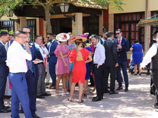 La boda de MARI CARMEN y DARIO en Casas De Fernando Alonso, Cuenca 201