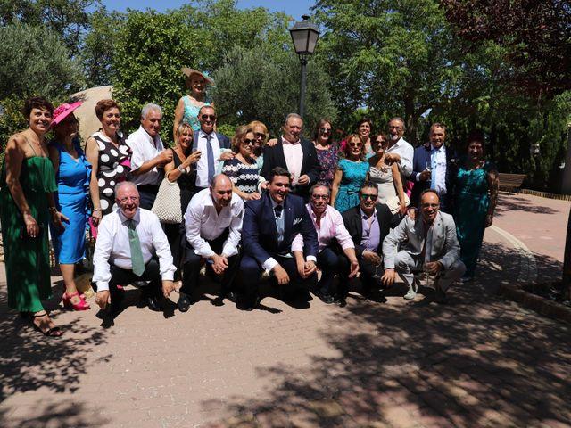 La boda de MARI CARMEN y DARIO en Casas De Fernando Alonso, Cuenca 212