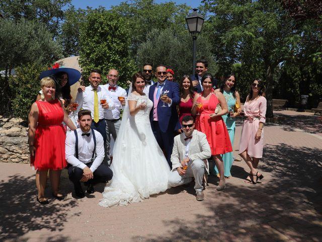 La boda de MARI CARMEN y DARIO en Casas De Fernando Alonso, Cuenca 213