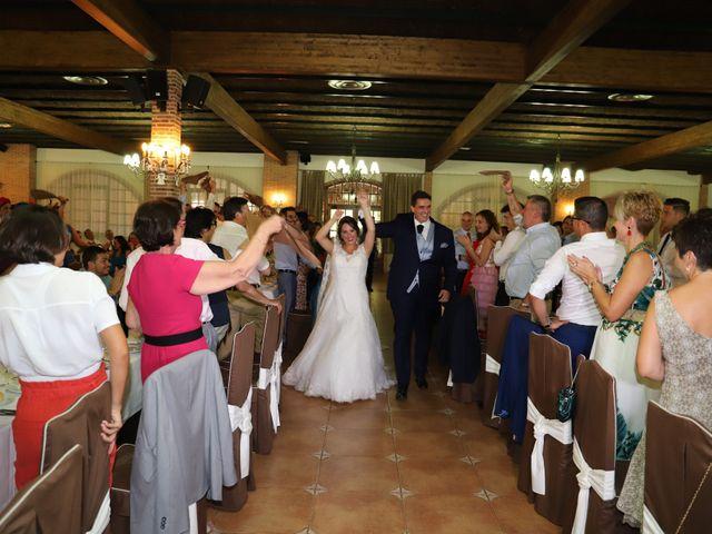 La boda de MARI CARMEN y DARIO en Casas De Fernando Alonso, Cuenca 221