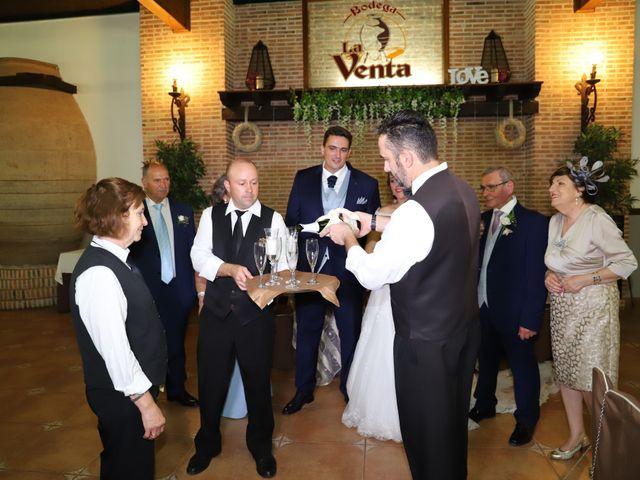La boda de MARI CARMEN y DARIO en Casas De Fernando Alonso, Cuenca 222