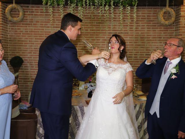 La boda de MARI CARMEN y DARIO en Casas De Fernando Alonso, Cuenca 226