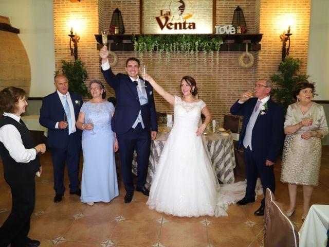 La boda de MARI CARMEN y DARIO en Casas De Fernando Alonso, Cuenca 227