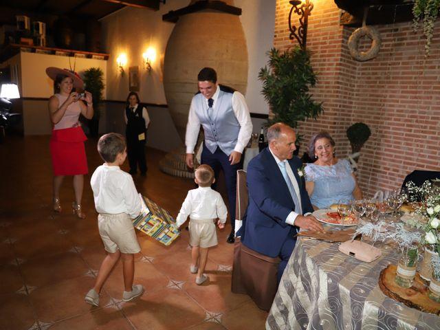 La boda de MARI CARMEN y DARIO en Casas De Fernando Alonso, Cuenca 228