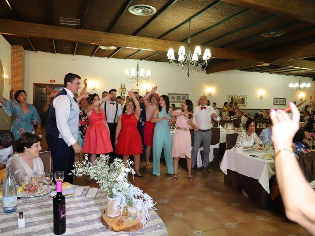 La boda de MARI CARMEN y DARIO en Casas De Fernando Alonso, Cuenca 230