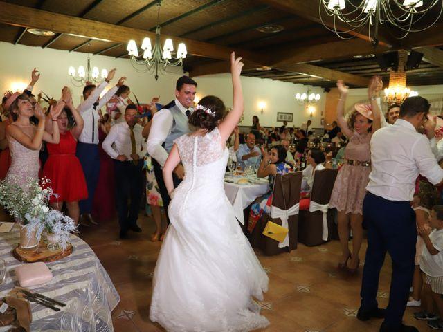La boda de MARI CARMEN y DARIO en Casas De Fernando Alonso, Cuenca 233