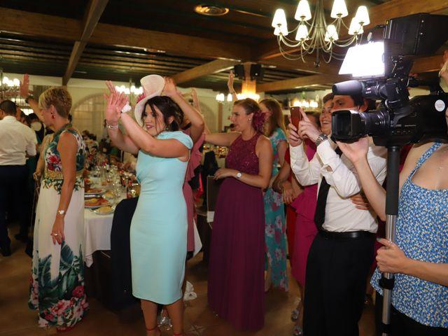 La boda de MARI CARMEN y DARIO en Casas De Fernando Alonso, Cuenca 235