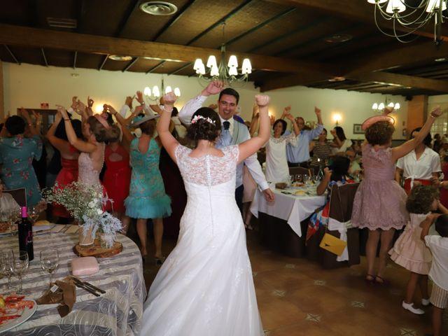 La boda de MARI CARMEN y DARIO en Casas De Fernando Alonso, Cuenca 238