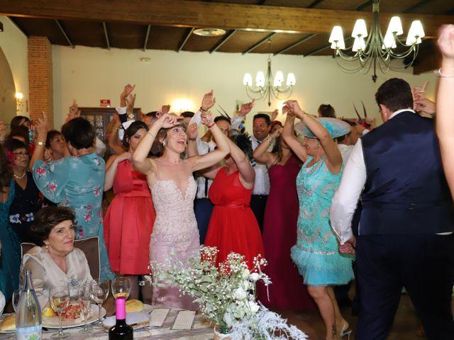 La boda de MARI CARMEN y DARIO en Casas De Fernando Alonso, Cuenca 242