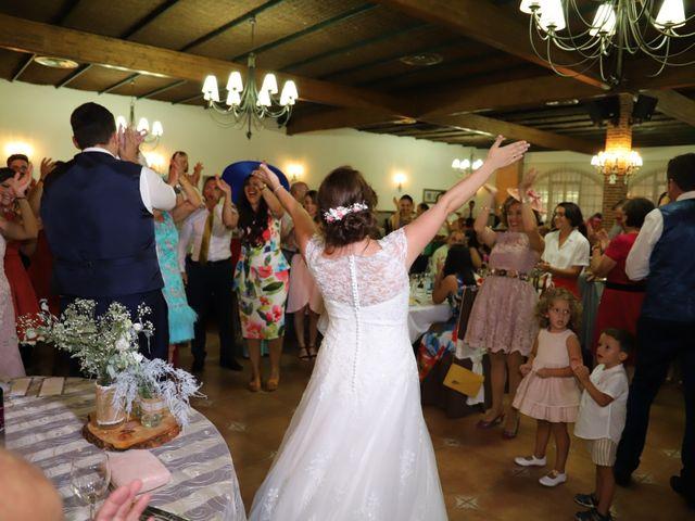 La boda de MARI CARMEN y DARIO en Casas De Fernando Alonso, Cuenca 243